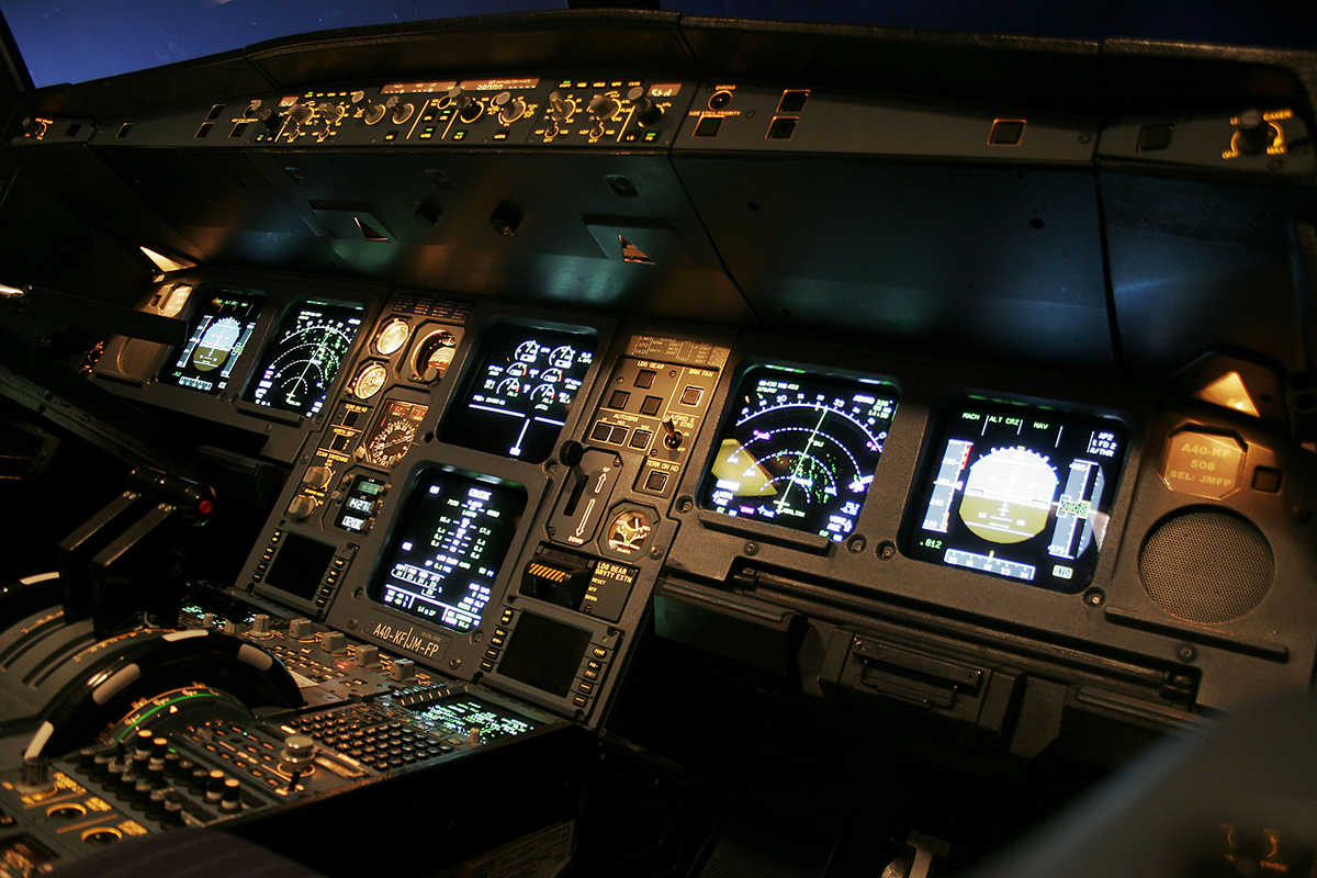 Airline Flight Deck